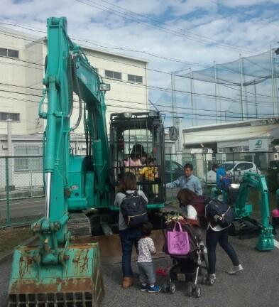働く車展示   小樽アニメパーティー